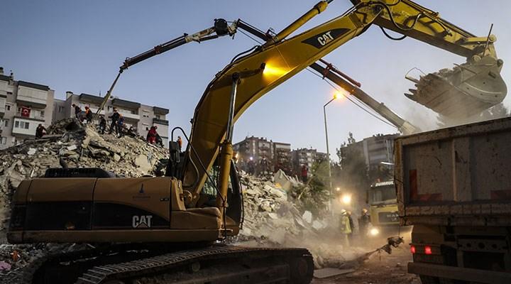 İzmir'deki 6,6 büyüklüğündeki depremde can kaybı 24'e yükseldi