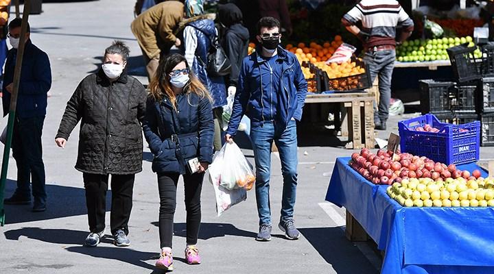 Koronavirüs: Türkiye'de günlük ölüm ve hasta sayısında rekor!