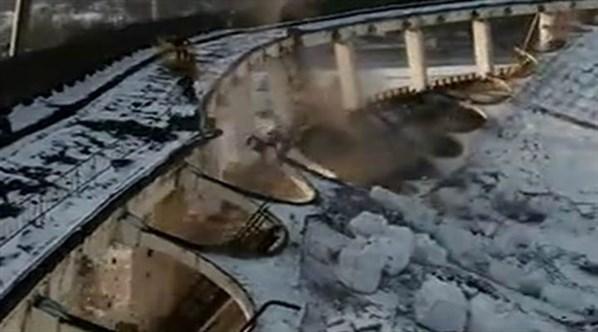 Rusya'da işçilerin çalıştığı tesis çöktü